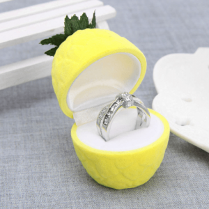 Classic Pineapple Ring Jewelry Box