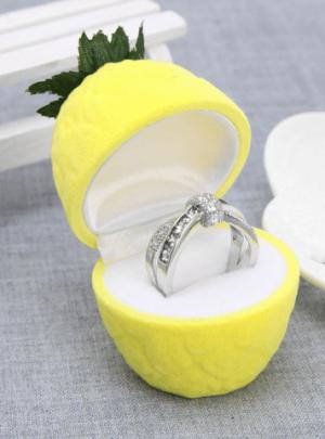 Classic Pineapple Ring Jewelry Box