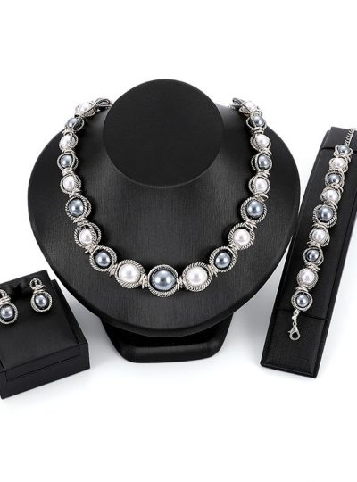 Three Piece Pearl Jewelry Set